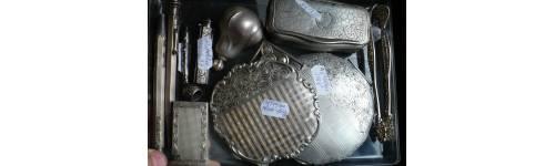 Stříbrné pudřenky, tabatěrky
